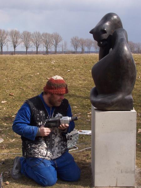 Bronzeskulptur Norbert Thoss, Montage, Panther, Wachsausschmelzverfahren