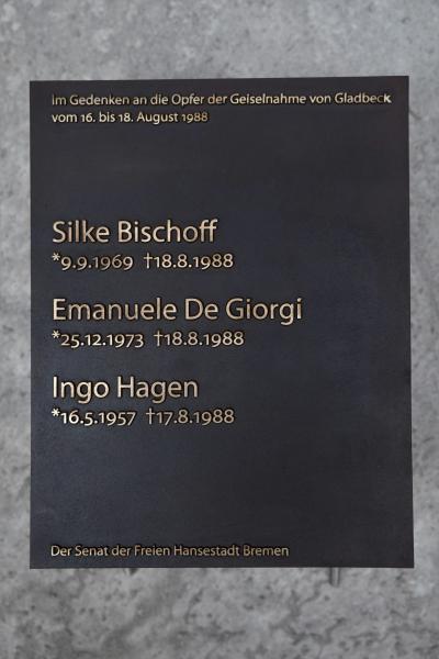 30 Jahre Gladbecker Geiseldrama, Gedenkplatte für Huckelriede